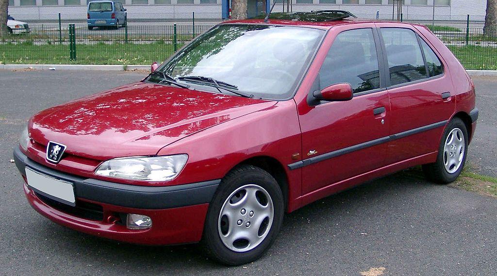 File:Peugeot 306 front 20080822.jpg - Wikimedia Commons