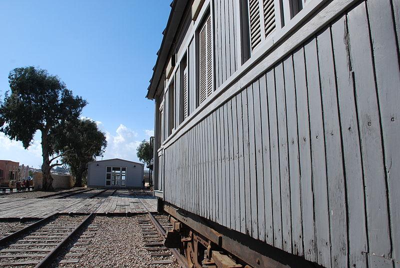 tel_aviv_the_old_train_station
