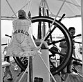 PikiWiki Israel 66999 steering wheel and bell in a sailing ship.jpg