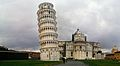 Pisa - Torre inclinada (32807760393).jpg