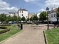 Place Henri IV Charenton Pont 4.jpg