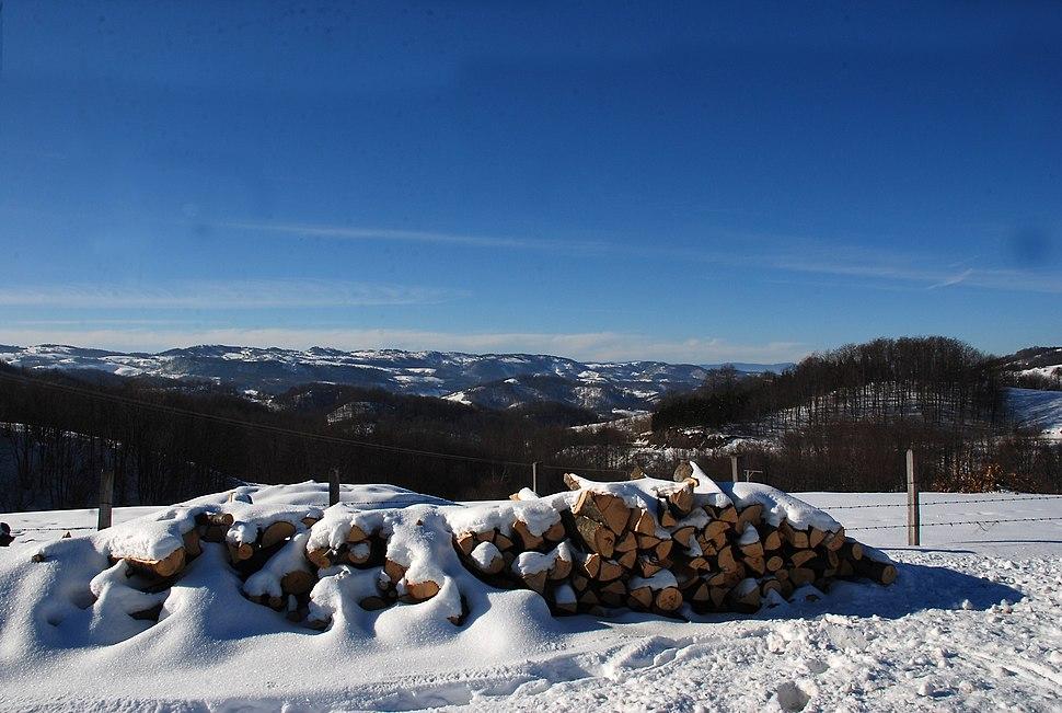 Planina Jablanik - Debelo brdo - Pogled prema mestu Zarožije i dolini reke Drine 2