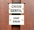 Plaque humoristique - Chien gentil Chat calin - Beynost.jpg