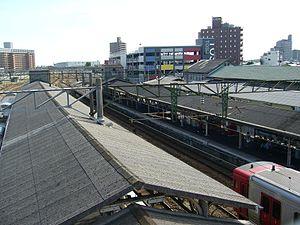 Tosu Station - Tosu Station platforms