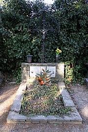 Poettsching - Ehrengrab Peter Zauner (01)