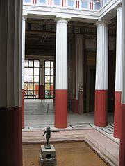 Pompejanum, Innenhof