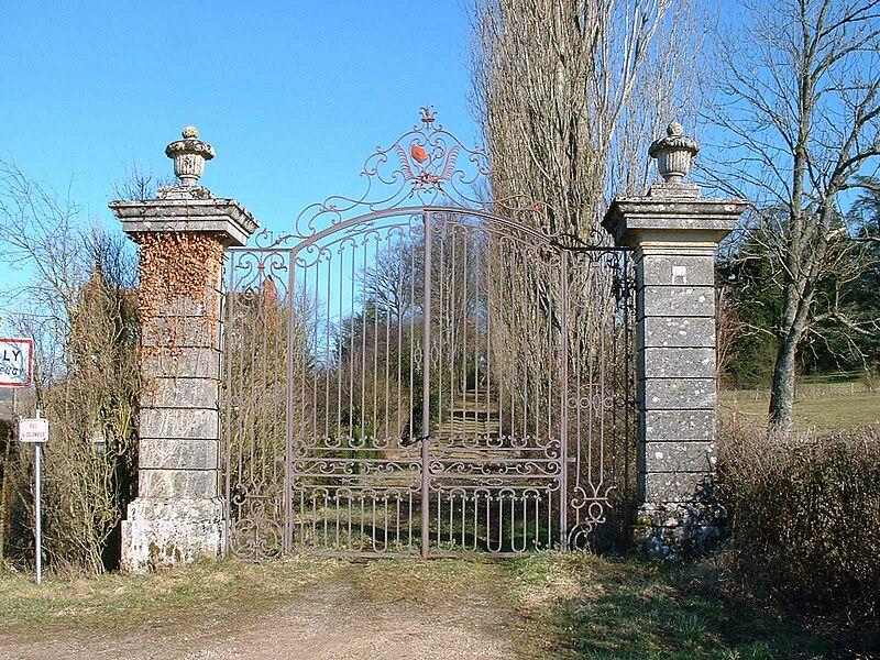Provency (Yonne): ancienne abbaye de Marcilly - le portail