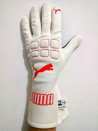 Driving glove - Image: Puma Furio Gloves Punggung Tangan