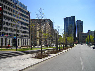 Quartier international de Montréal - Victoria Square, with Centre CDP Capital's W Hotel on the left.