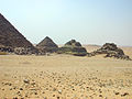 Queen Pyramids of Menkaure's Pyramid.jpg