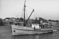 Queensland State Archives 2740 Brisbane pilot boat Captain Heath Brisbane River August 1946.png