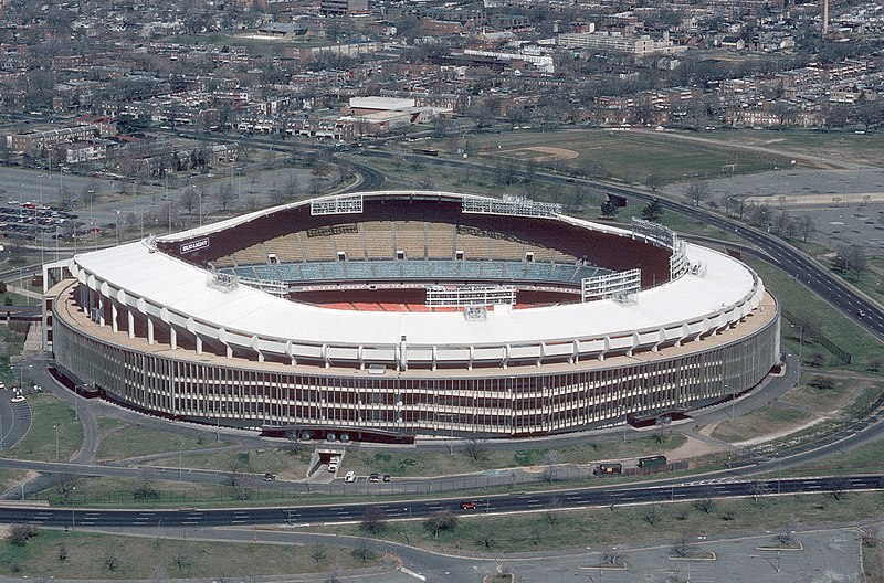 Plik:RFK Stadium aerial photo, 1988.JPEG