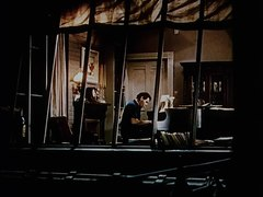 Plik:Rear Window (1954) - Trailer.webm