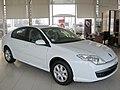 Renault Laguna 2.0 dCi Expression 2008 (14261284437).jpg