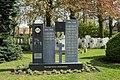 Roeselare Communal Cemetery (40).JPG
