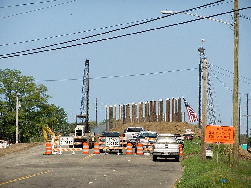 File:Route 20 Bridge being rebuilt - panoramio.jpg