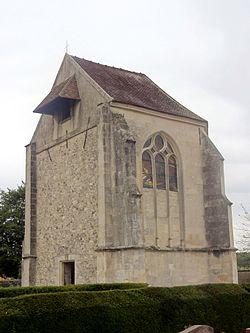 Rouville (60), église Saint-Fuscien, vue depuis le sud-ouest.JPG