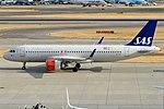 SAS, EI-SIF, Airbus A320-251N (43687226394).jpg