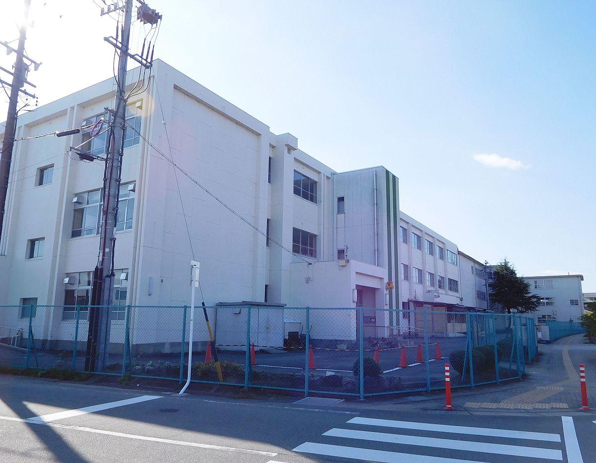 松阪市立幸小学校 - Wikipedia