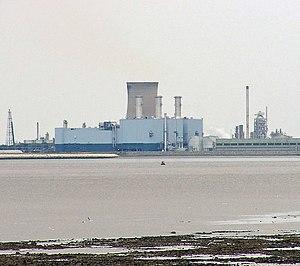 Salt End - Salt End Power Station seen from Goxhill Haven