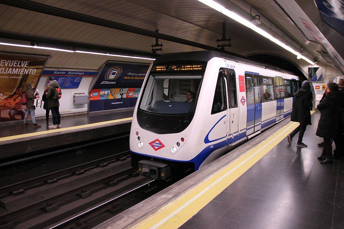 Serie 3000 wikipedia la enciclopedia libre Metro santo domingo madrid