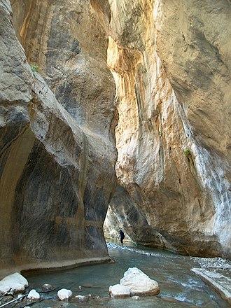 Sarakina Gorge - Inside the gorge of Sarakina
