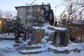 Kars Province - Image: Sarikamish Atatürk monument