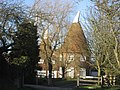 Sawyers Oast, High Street, Hawkhurst, Kent - geograph.org.uk - 322684.jpg