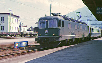 SBB-CFF-FFS Re 620 - Image: Sbb 1643 martigny 20 07 1985