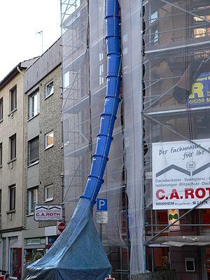 Chute (gravity) - Image: Schütte fcm