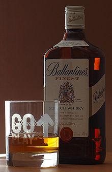 Nuestras bebidas de alcohol favoritas 220px-Scotch_Whisky_(aka)