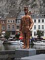 Sculpture Charles de Gaulle in Dinant.JPG