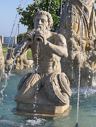 Torremolinos - Sculpture in Parque de la Batería