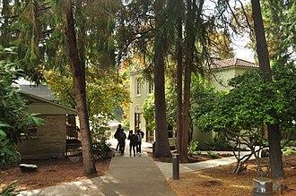 Bush School (Washington) - Image: Seattle Bush School 02