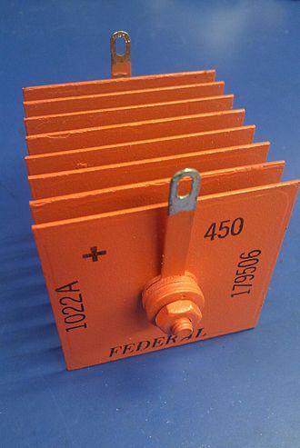 Selenium rectifier - An 8-plate 160 V 450 mA Federal brand selenium rectifier