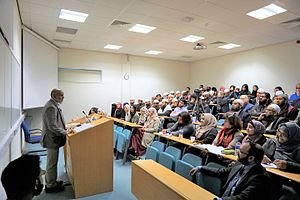 Markfield Institute of Higher Education - Dr Mohammad Akram Nadwi lecturing attendees at Markfield Institute Open Day (Feb 2017)