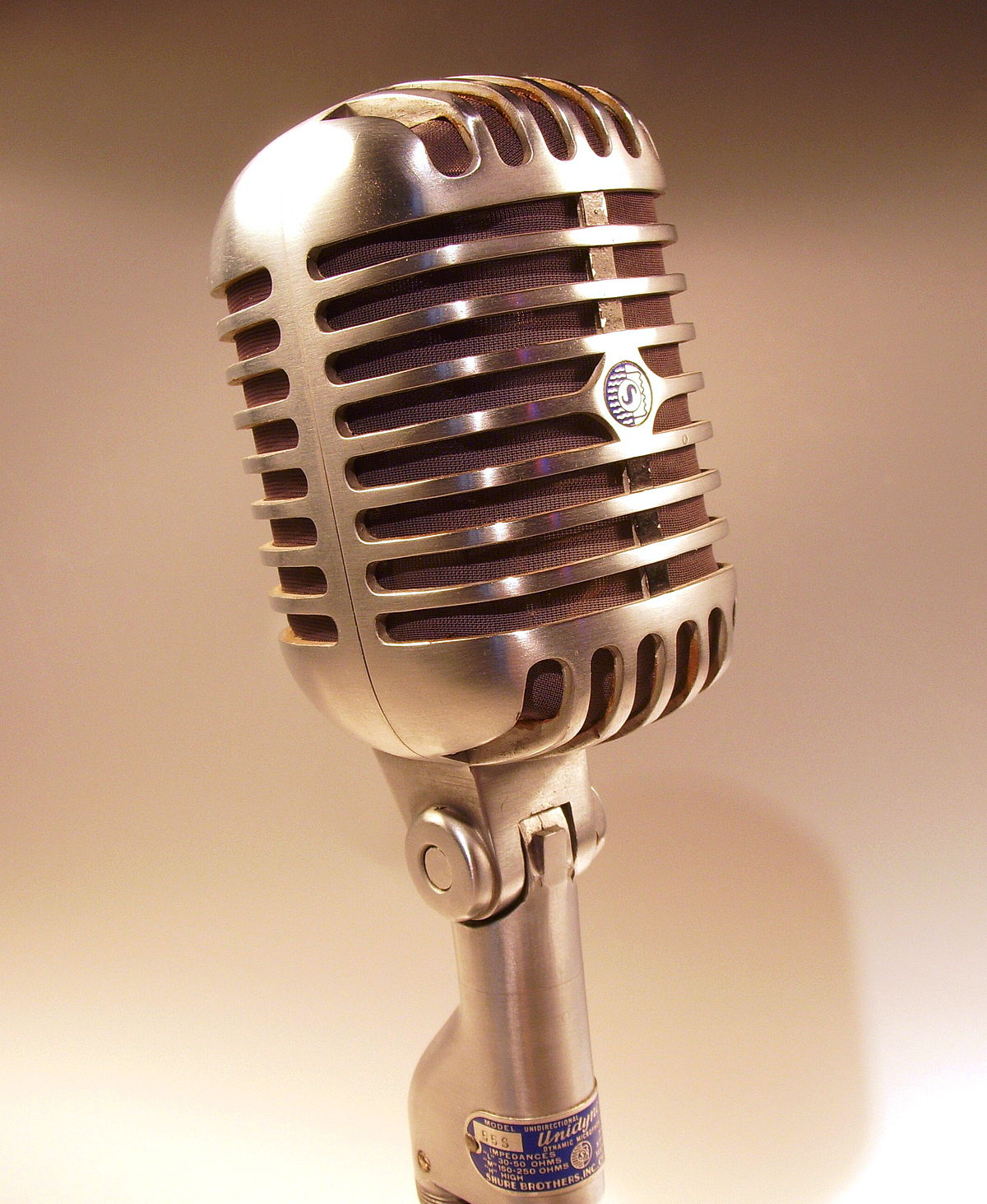 Microphone - Wikipedia