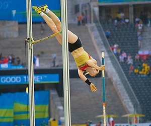 2001 World Youth Championships in Athletics - Silke Spiegelburg won the pole vault gold for Germany.