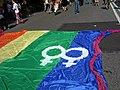 Simboli lesbici al Pride di Roma 2007.jpg