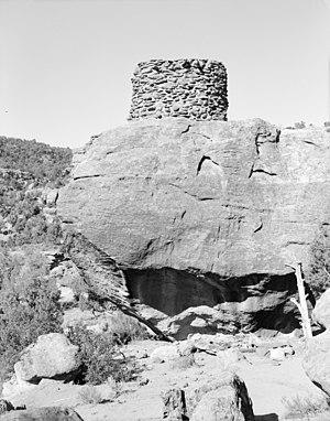 Navajo pueblitos - Simon Canyon Pueblito, photo from Historic American Buildings Survey