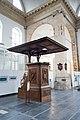 Simple pulpit (39907490934).jpg