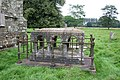 Sir Henry Dymoke's tomb - geograph.org.uk - 549791.jpg