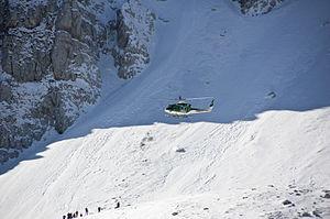 Soccorso alpino CFS CNSAS Terminillo 2012 18.jpg
