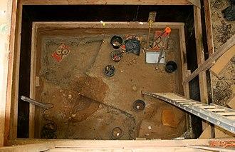 Neolithic flint mines of Spiennes - Image: Spiennes Minières néolithiques de silex (4)