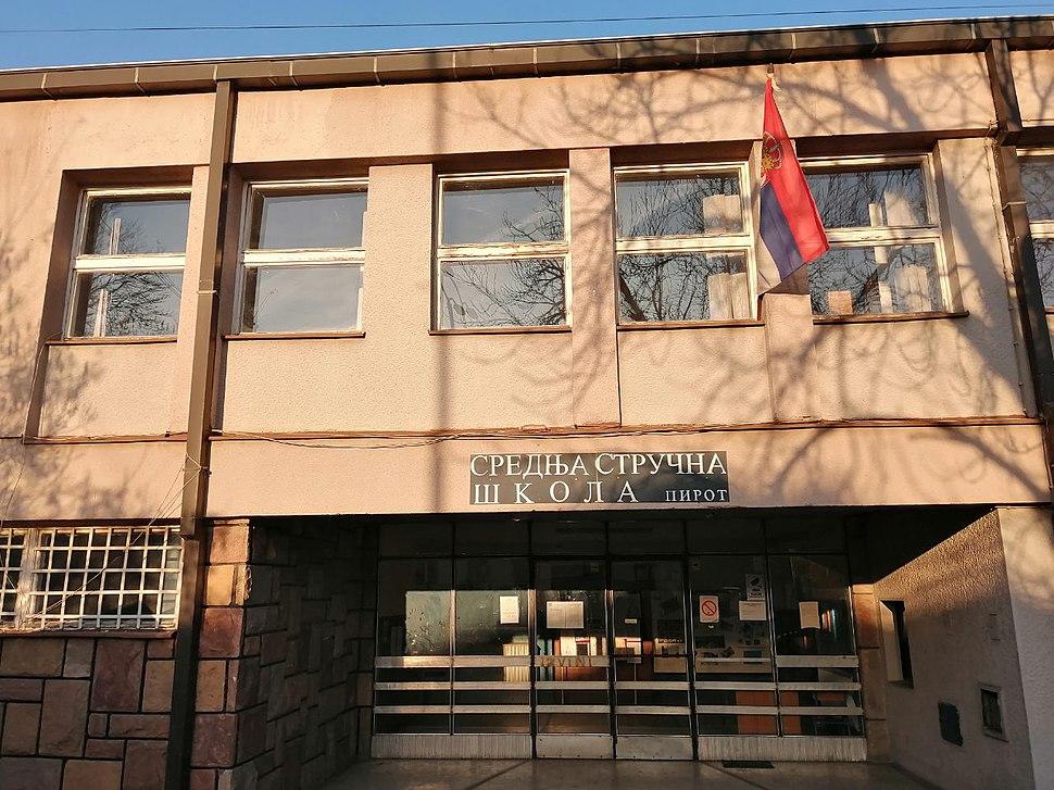 Srednja strucna skola Pirot