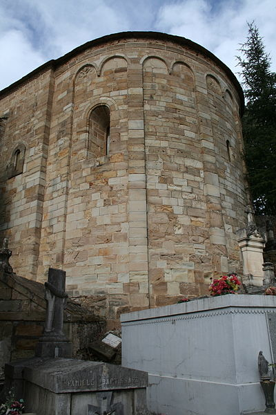 Saint-Pierre-de-Rhèdes (Lamalou-les-Bains - Hérault) - église romane - chevet.