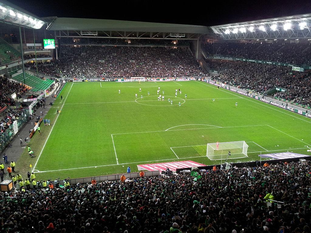 1024px-Stade_Geoffroy-Guichard_-_Saint-Etienne_%2810-11-2013%29.jpg