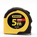 Stanley dynagrip 5 m × 19 mm 33-684 03.jpg