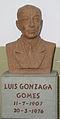 Statue Luis Gonzaga Gomes.jpg
