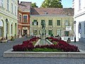Statue of György Varkocs, Székesfehérvár.jpg